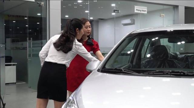 Thương lượng giá cả khi đã thích một chiếc xe