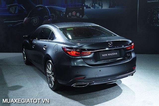 duoi-xe-mazda-6-sedan-2020-2021-muaxegiatot-vn
