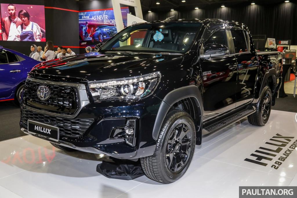 gia-xe-toyota-hilux-2021-tai-malaysia-muaxe-net
