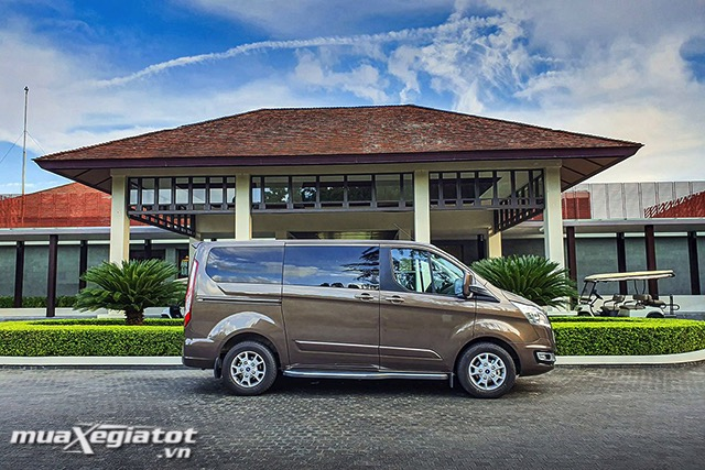 than-xe-ford-tourneo-2020-2021-muaxegiatot-vn