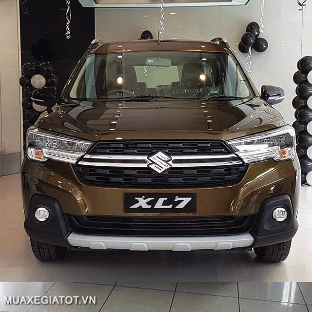 xe-mau-xam-suzuki-xl7-2021-ban-quyen-muaxe-net-1