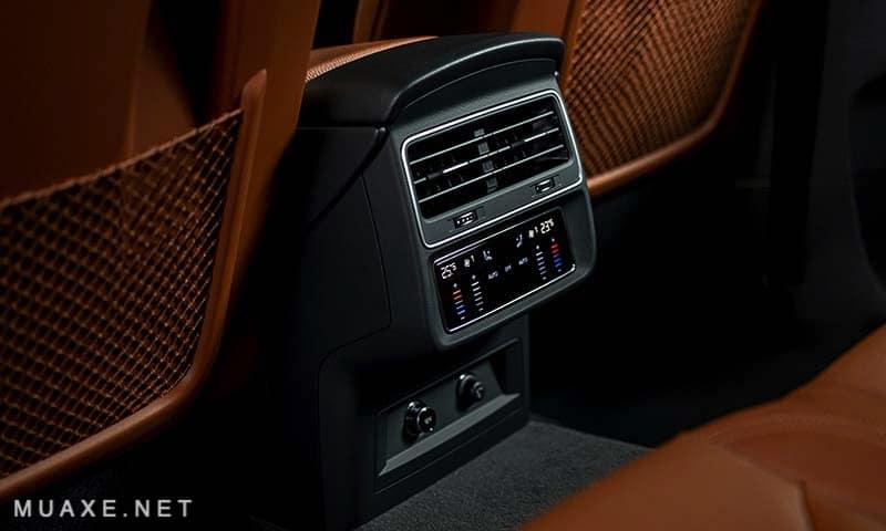 Cua-gio-hang-ghe-sau-xe-Audi-Q8-2021-TFSI-55-quattro-MUAXE-NET