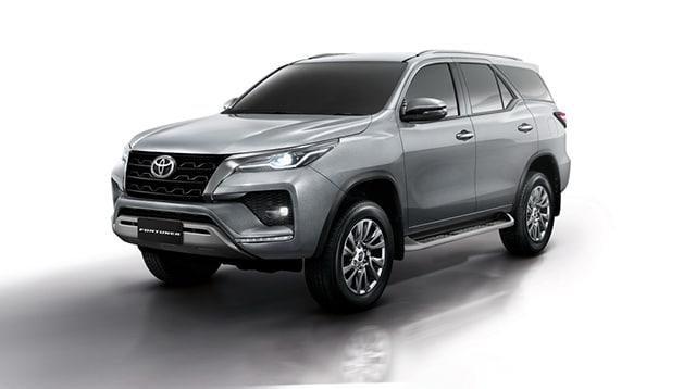 dau-xe-toyota-fortuner-2021-tai-thai-lan-muaxe-net