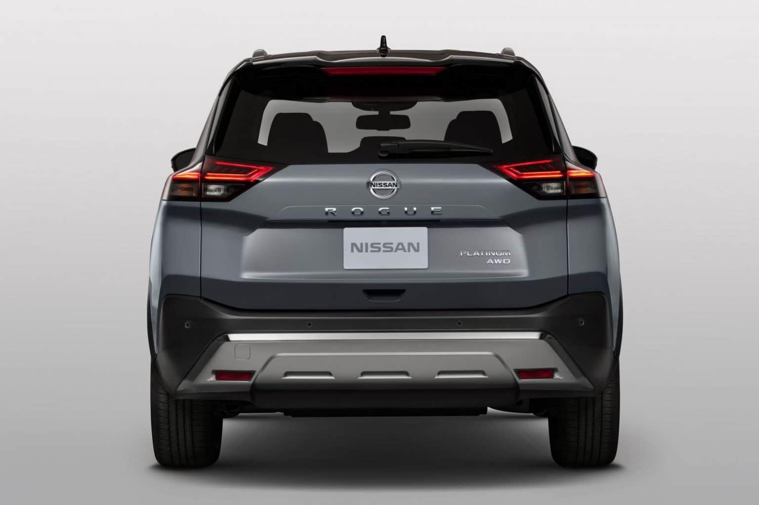 duoi-xe-nissan-x-trail-2021-muaxe-net-1536x1023