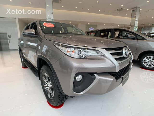 fortuner-daily-toyota-tan-cang-muaxe-net