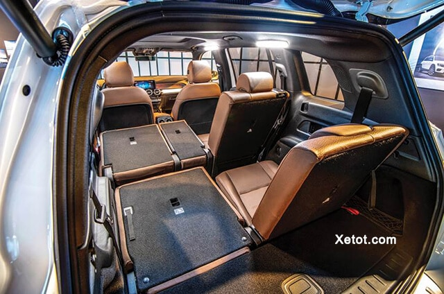 khoang-noi-that-mercedes-glb-200-amg-2021-muaxe-net