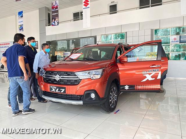 mua-xe-suzuki-xl7-2021-muaxe-net-30
