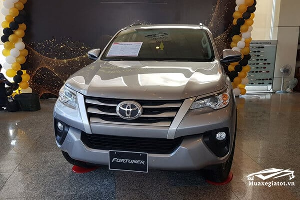 fortuner-2018-may-dau-so-tu-dong-muaxe-net-blog-2