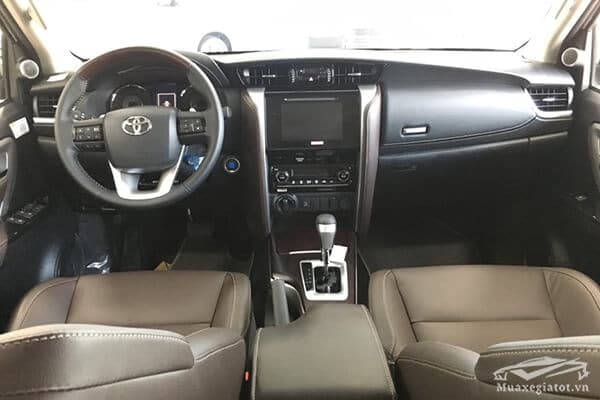 noi-that-fortuner-28v-at-may-dau-so-tu-dong-muaxe-net-blog-7