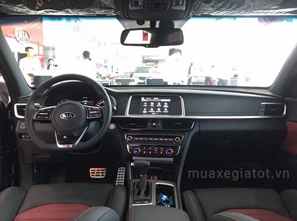 tien-nghi-noi-that-kia-optima-24-gt-line-2021-muaxe-net-blog-7
