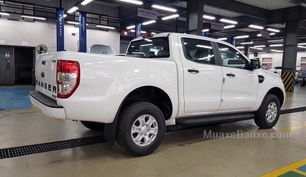 thung-xe-ban-tai-ford-ranger-xl-2-2l-4x2mt-2021-muaxe-net