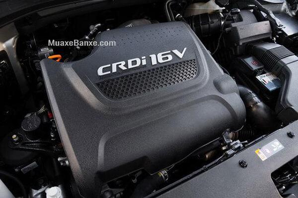 Đây tiếp tục là hạng mục được đánh giá cao khi mà Kia Sorento DATH sử dụng động cơ dầu 2.2L CRDi, 4 xy lanh thẳng hàng, 16 van HLA.