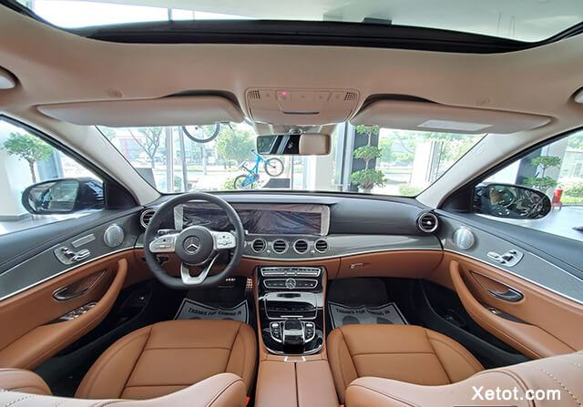 noi-that-xe-mercedes-e300-amg-2020-muaxegiatot-vn