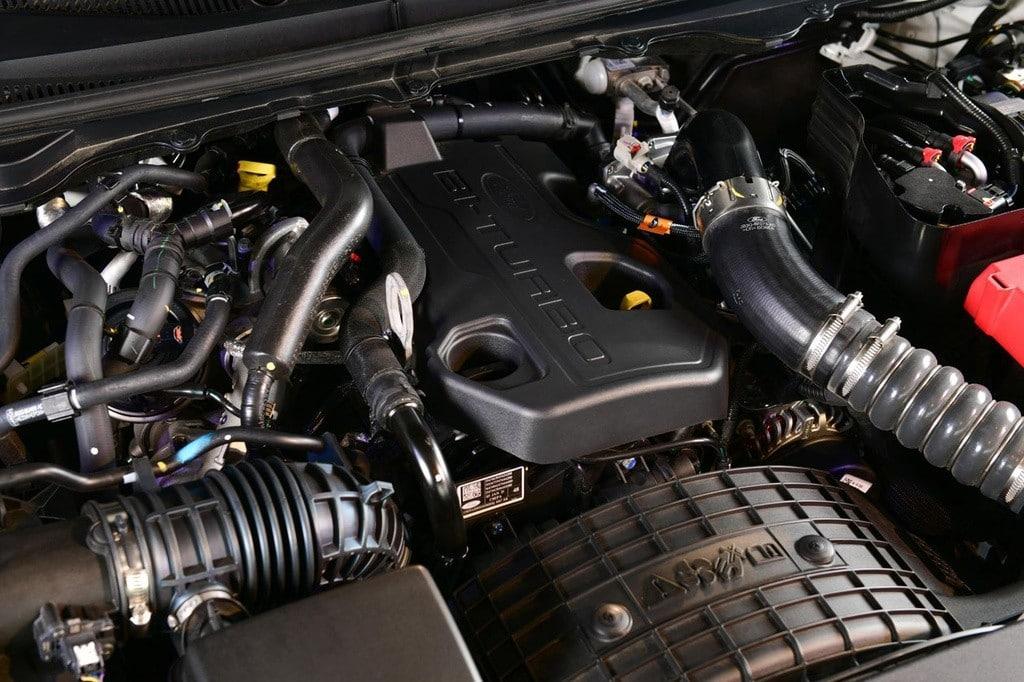 dong co xe ford ranger fx4 max 2022 giaxehoi vn 1024x682 1 - Đánh giá Ford Ranger FX4 Max 2022 – Phiên bản giá rẻ của Ford Ranger Raptor, chờ ngày về Việt Nam