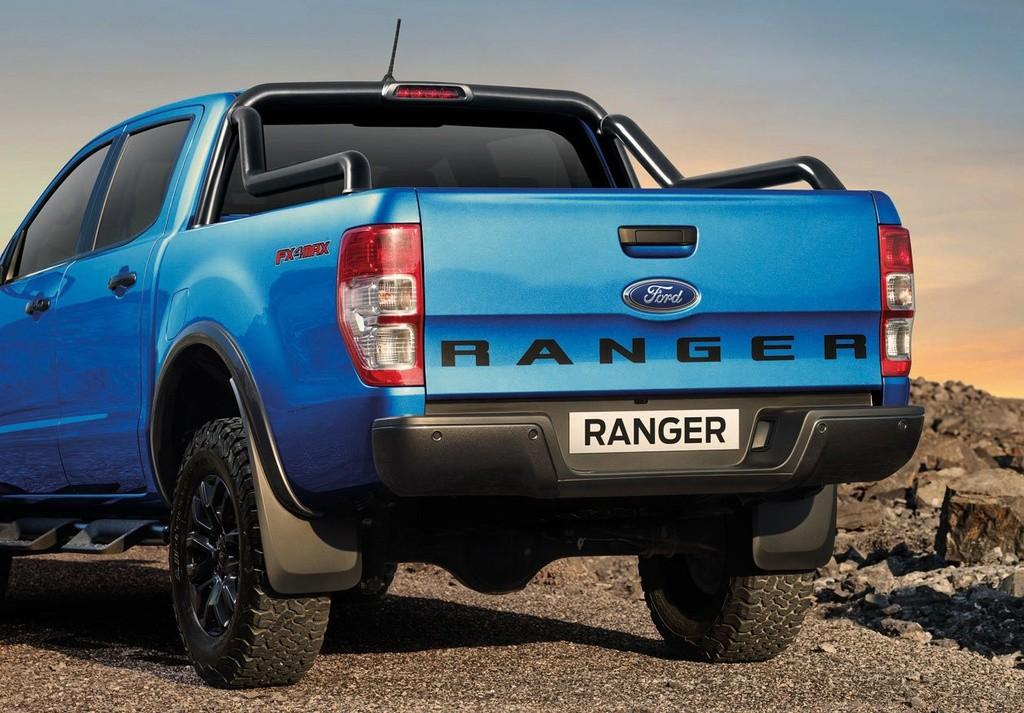 duoi xe ford ranger fx4 max 2022 giaxehoi vn 1024x713 1 - Đánh giá Ford Ranger FX4 Max 2022 – Phiên bản giá rẻ của Ford Ranger Raptor, chờ ngày về Việt Nam