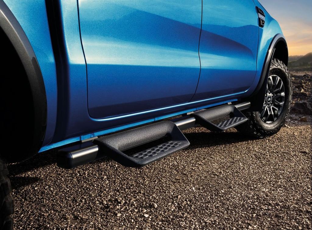 hong xe ford ranger fx4 max 2022 giaxehoi vn 1024x756 1 - Đánh giá Ford Ranger FX4 Max 2022 – Phiên bản giá rẻ của Ford Ranger Raptor, chờ ngày về Việt Nam