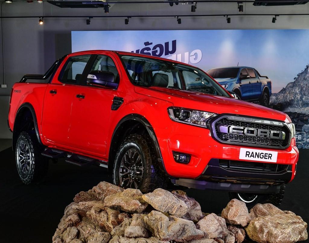 ra mat ford ranger fx4 max 2022 giaxehoi vn 1024x807 1 - Đánh giá Ford Ranger FX4 Max 2022 – Phiên bản giá rẻ của Ford Ranger Raptor, chờ ngày về Việt Nam